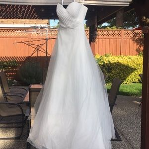 Ivory Sweetheart Ball Gown